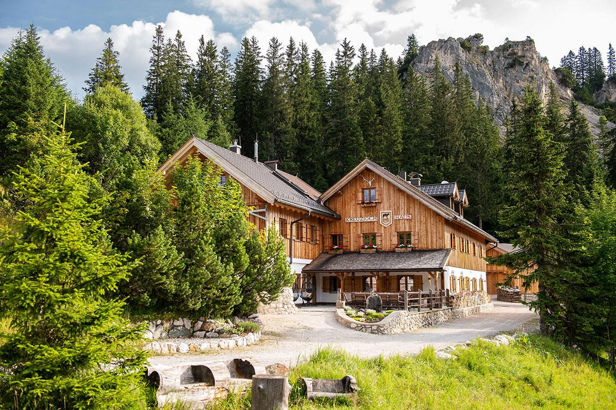 hochzeitslocation in den bergen: Kreuzjochhaus Garmisch