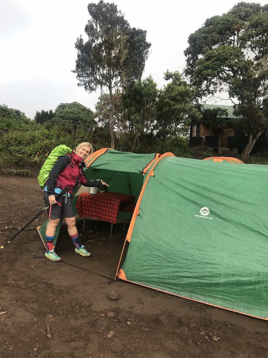 kilimandscharo tour munich mountain girls