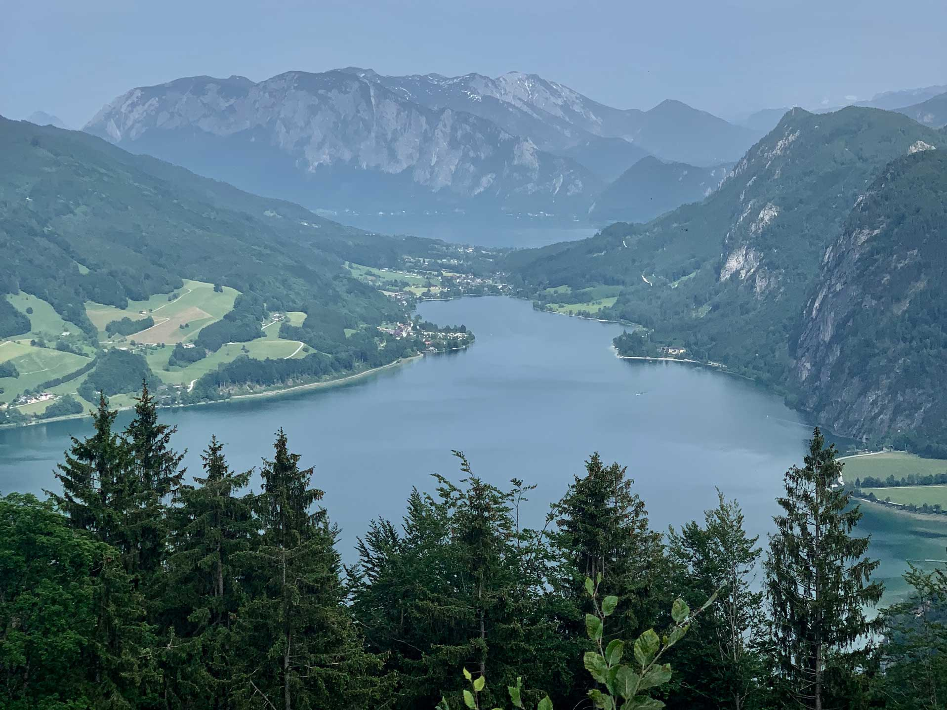 berge-seen-trail-salzkammergut-1wolfgangsee-munichmountaingirls