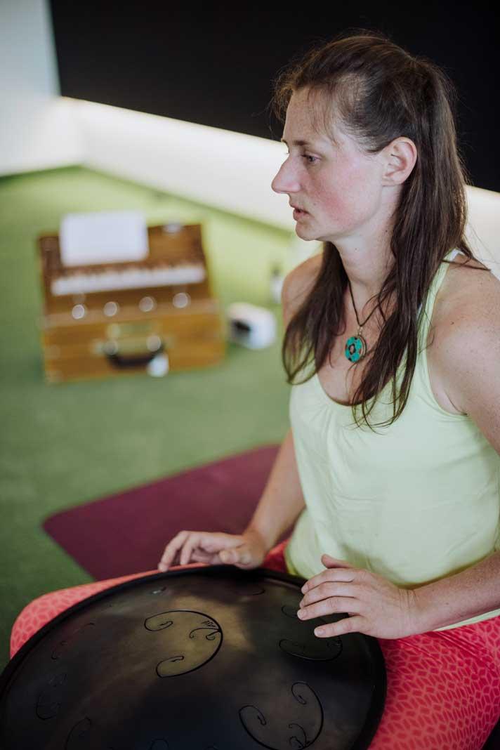 salomon-any-path-your-way-yoga3-munichmountaingirls-claudia-ziegler