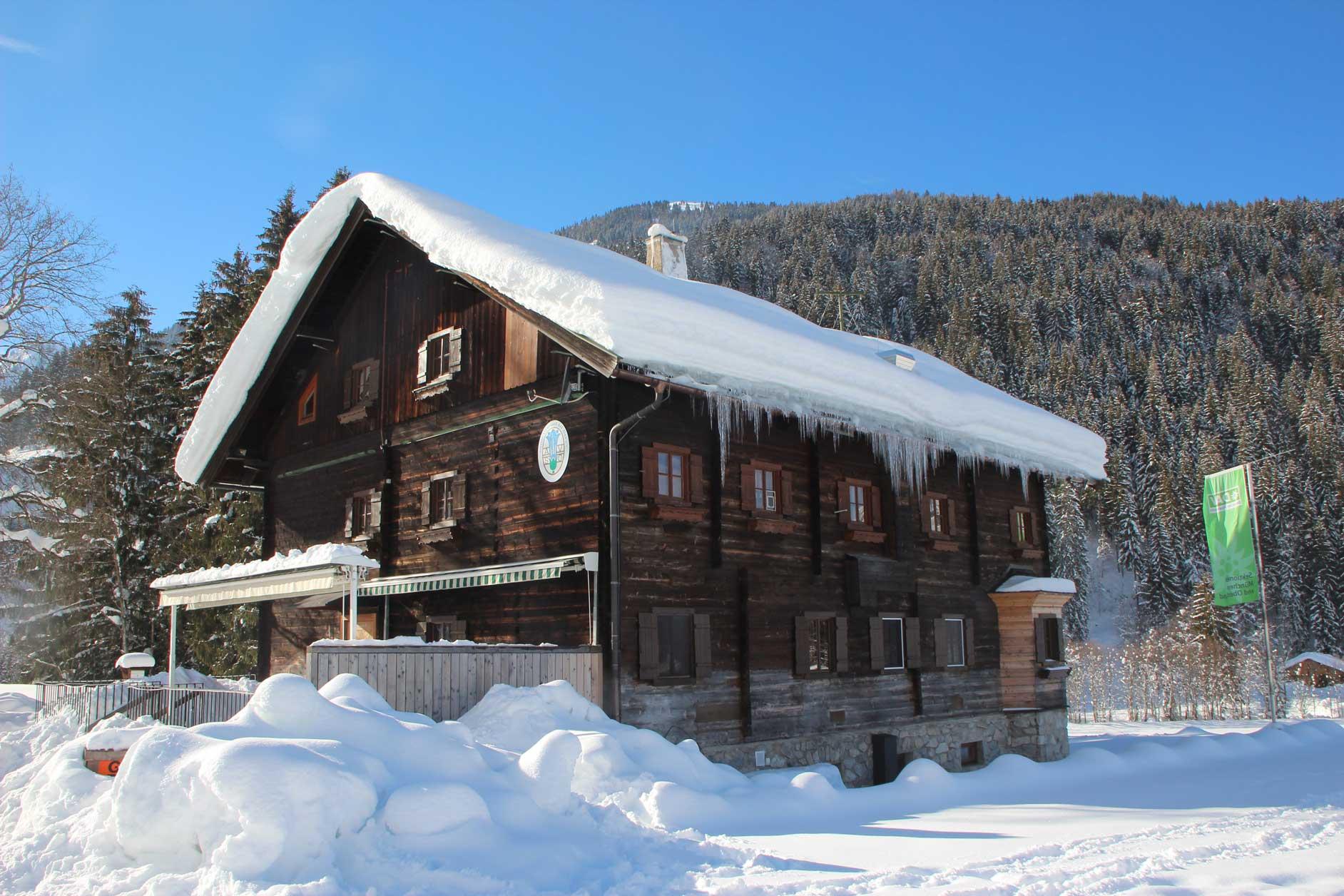 Oberlandhütte_Winter_1