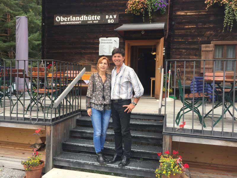 Oberlandhuette-huettenwirte