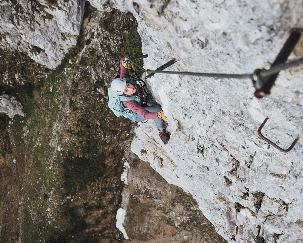 Munich Mountain Girl Anja im Klamml Klettersteig Wilder Kaiser