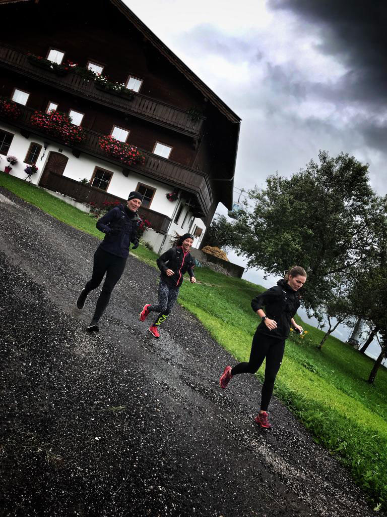 trailrunning-schlechtwetter-4-wilder-kaiser-munichmountaingirls