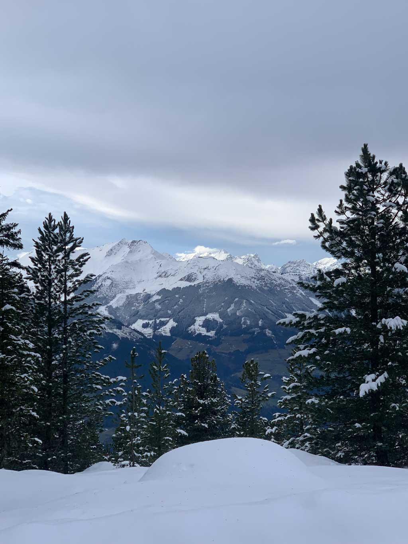 aussicht-winterwandern-zillertal