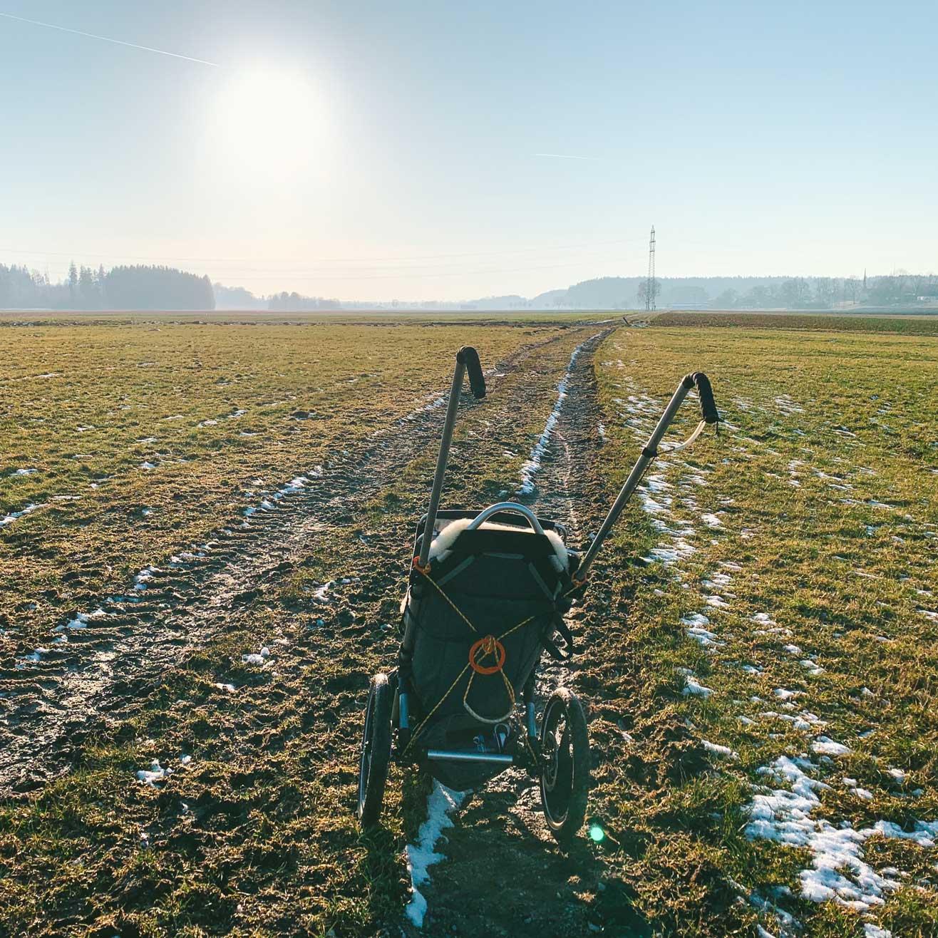 Matsch-outdoor-kinderwagen-hike-kid