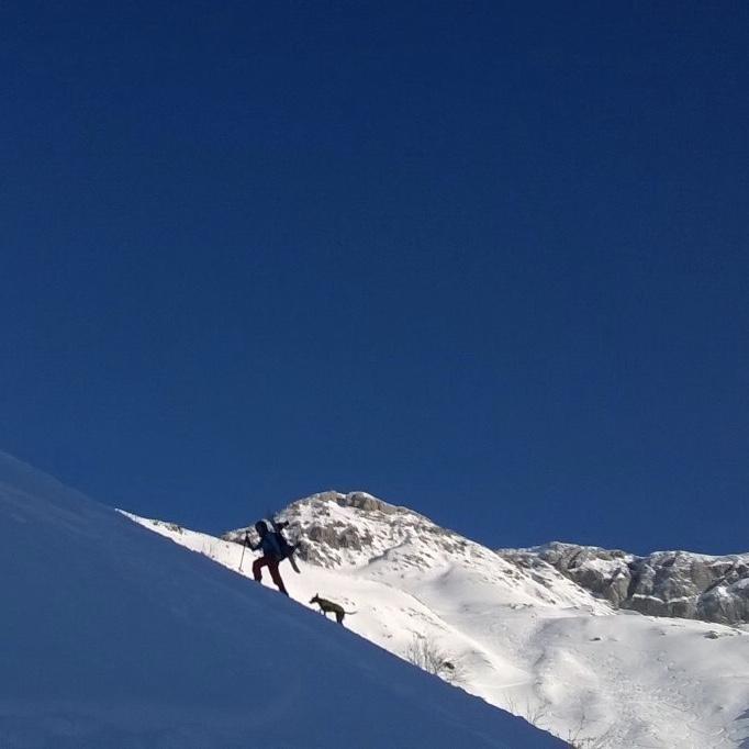 anna-weiss-Am Arlberg mit Mojito und Freund Flo