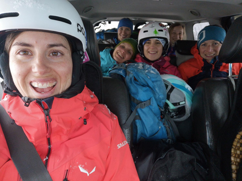 Bergfreundinnen-Skitouren-Georgien-helen-lena-tina-maia-hanna-tanja