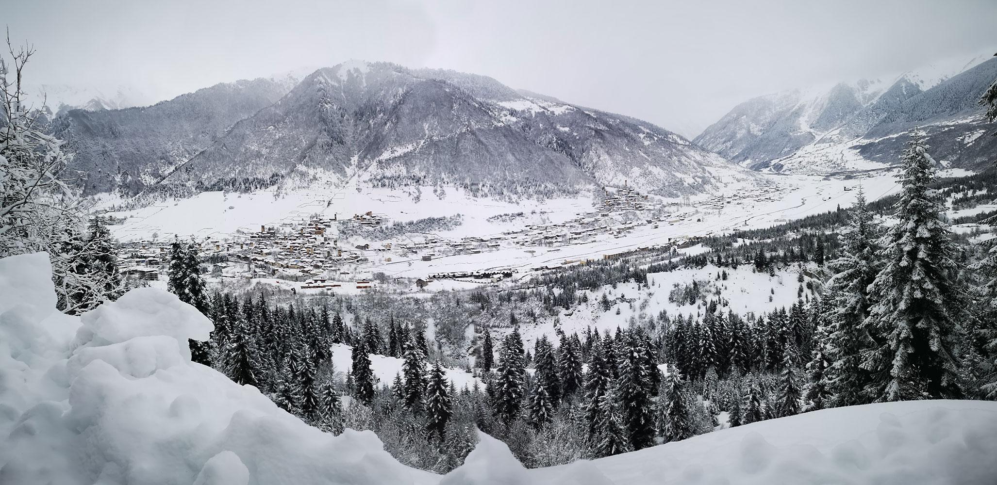 Bergfreundinnen-Skitouren-Georgien-mestia